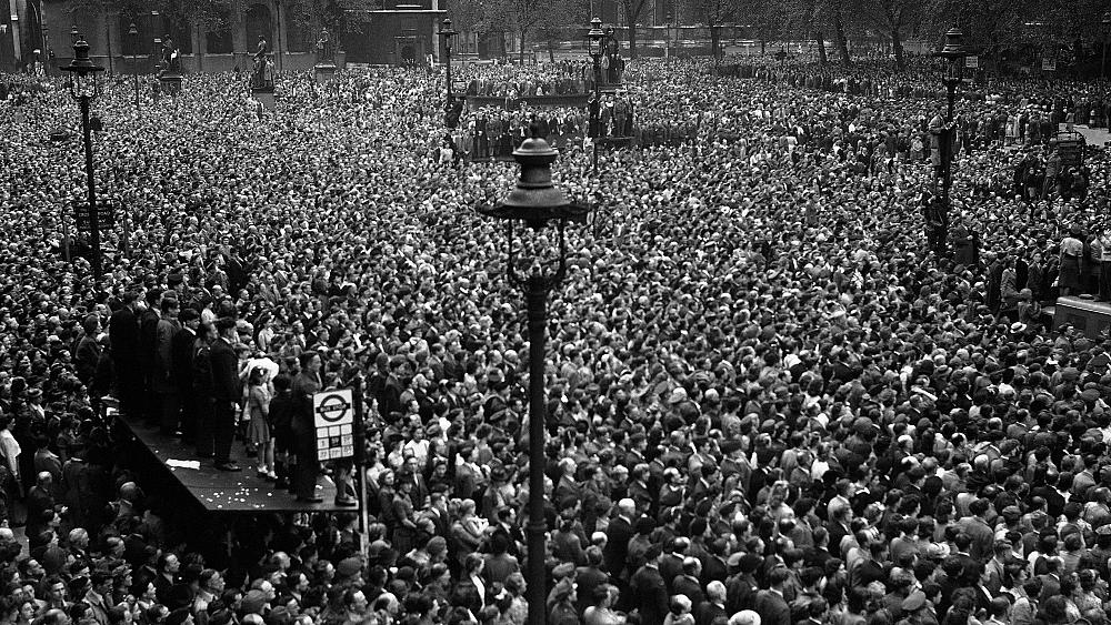 Photo of VE Day 75th anniversary: As war ends in Europe, 'no wonder people went crazy'