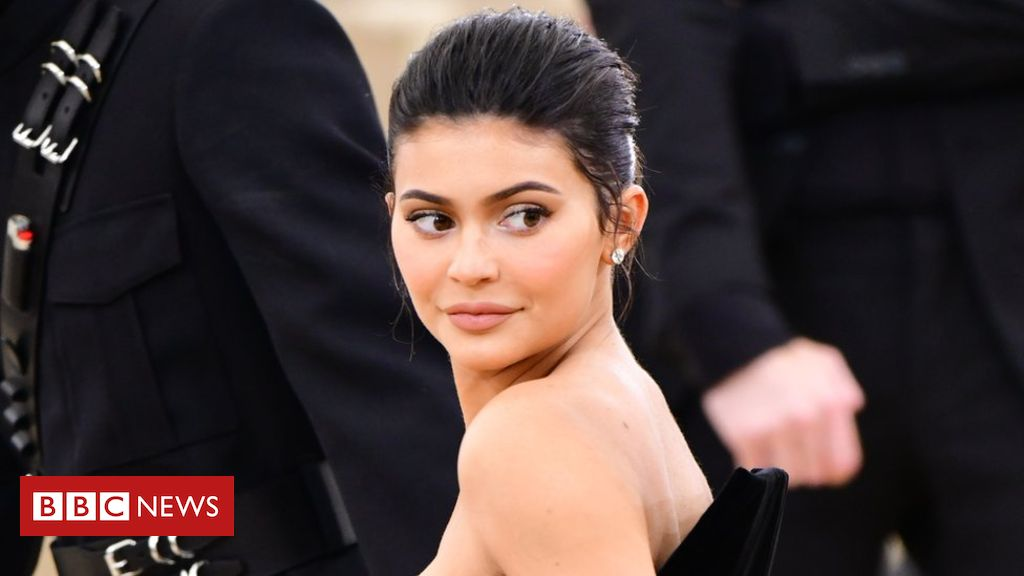 Photo of Kylie Jenner: Forbes drops celebrity from billionaire list