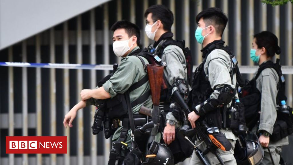 Photo of Hong Kong ramps up security ahead of controversial bill reading