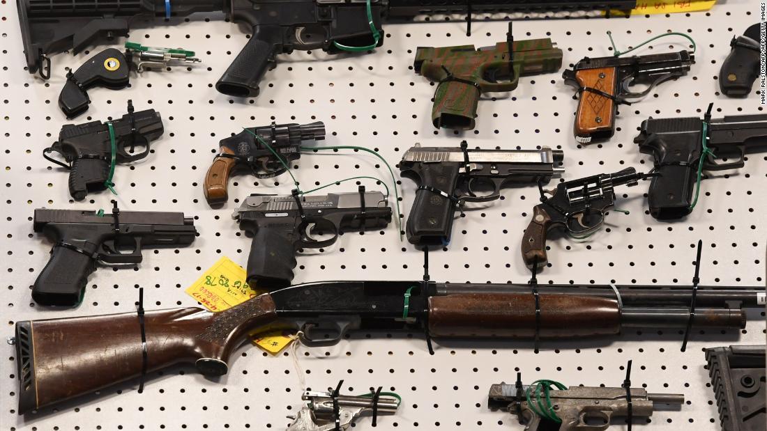 Photo of FBI gun background checks remained high in April during coronavirus pandemic