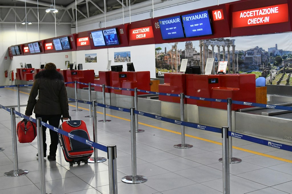 Photo of Italy to reopen two airports as lockdown eases