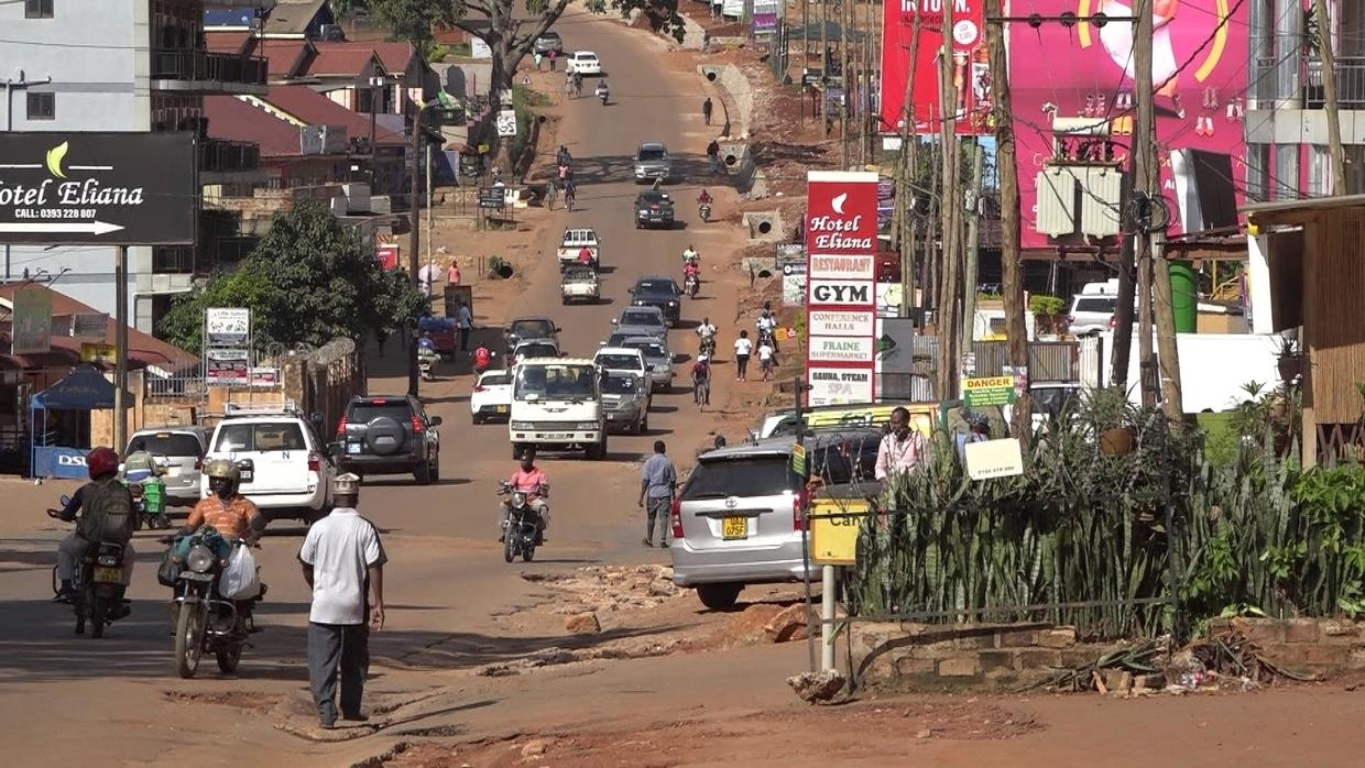 Photo of Uganda extends lockdown for two weeks but slowly eases measures