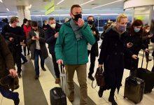 Photo of Russian judge orders Kremlin critic Navalny held for 30 days