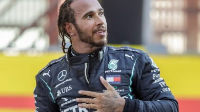 Photo of Lewis Hamilton signs one-year contract extension with Mercedes Formula 1 team