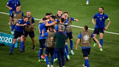 Photo of Three-goal Italy cruise into last 16 at Euro 2020 with a match to spare