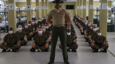 Photo of Marine who criticized military leaders over Afghan exit said he was ordered to undergo mental health screening