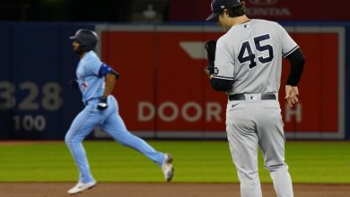 Photo of Yankees lose to Rays as Wild Cards lead shrinks – .